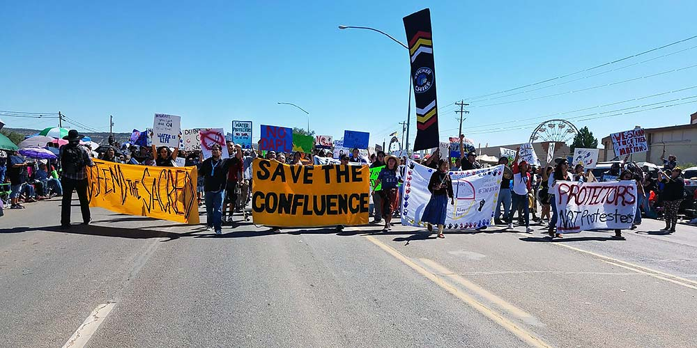 Save the Confluence gets in front of Escalade developer at Window Rock Fair